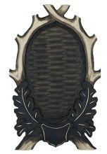 štítek/ podložka PR 07 - srnčí pod celou lebku, uzavřené provedení 4-listé s erbem, rozměr 17x28 cm